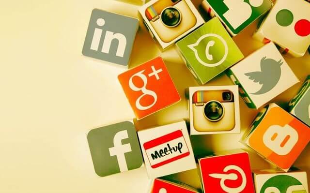 professores de ingles nas redes sociais